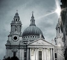 St Paul's Cathedral by delosreyes75