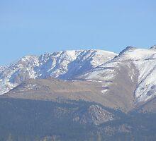 mountain range by angelawillene