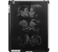 Kissing Couples, Brighton iPad Case/Skin