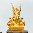 golden statue in opéra garnier paris France  by hpostant