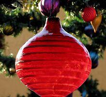 Happy Holidays by artisandelimage