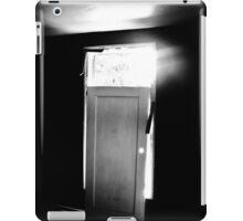 Twilight Zone??? iPad Case/Skin