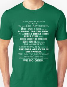 We do geek Unisex T-Shirt