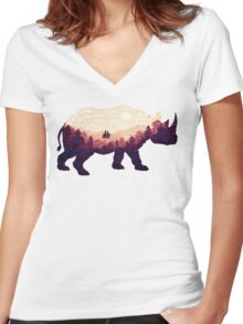 Rhinoscape Women's Fitted V-Neck T-Shirt