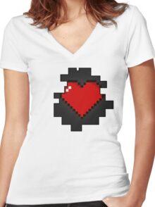 Gamer at heart Women's Fitted V-Neck T-Shirt