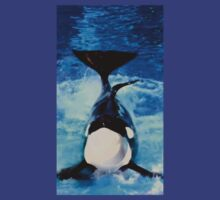 Proud Orca Daddy Posing for Photos T-Shirt