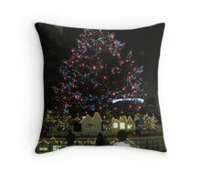 chirstmas tree decorated with lights night Throw Pillow