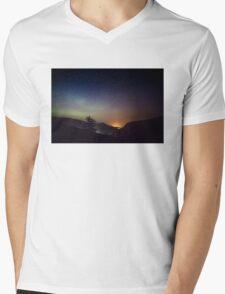 Aurora over Glengesh, Donegal Mens V-Neck T-Shirt