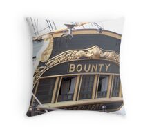 Bounty II (Stern) - Bay City - Tall Ship Celebration (2010) Throw Pillow