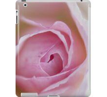 Macro of  a rose - Case iPad Case/Skin