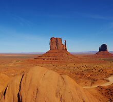 Majestic Monument Valley, Arizona by Claudio Del Luongo