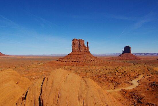 Majestic Monument Valley, Arizona by Claudio Del Luongo