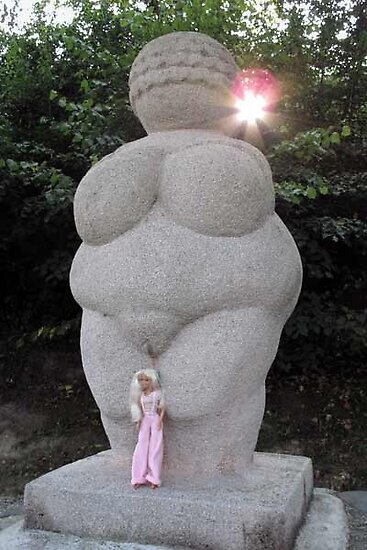Venus and Veronica in Willendorf by VeronicaPurple