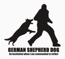 German Shepherd Dog / Will not hesitate to protect! / Light Clothing T-Shirt