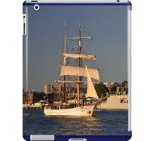 Fleet Review Ships - Old And New, Australia 2013 iPad Case/Skin