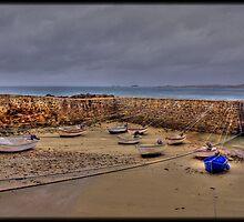 Port Racine (2) by Michaël Tardif