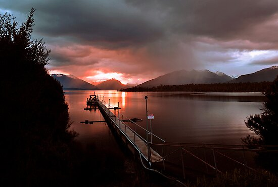 Days End. Lake Te Anau, South Island, New Zealand. by Ralph de Zilva