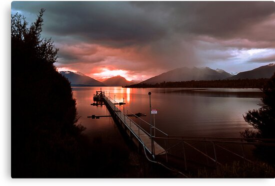 Days End. Lake Te Anau, South Island, New Zealand. by Ralph de Zilva