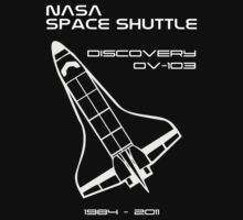NASA Space Shuttle Discovery by Samuel Sheats