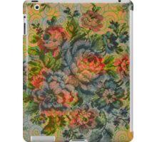 Pastel Tones Vintage Rustic Roses Pattern iPad Case/Skin