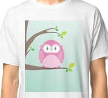 Sweet owl in a tree 4 Classic T-Shirt