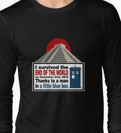 The Doctor saved us Long Sleeve T-Shirt