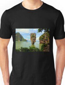 007 island Unisex T-Shirt