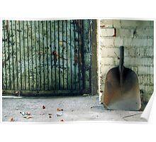 24.12.2012: Shovel Poster