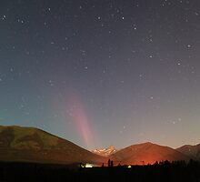 Jetting Aurora Borealis by zumi