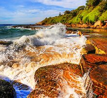 Wombarra Surf and Rocks by geomar
