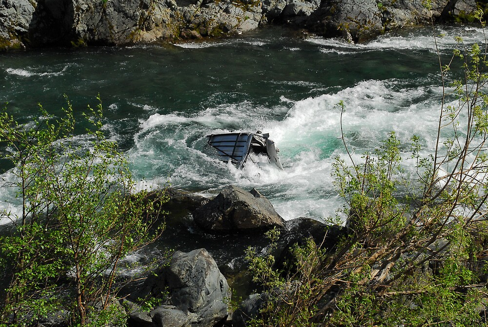 Car in Smith River by Lee LaFontaine