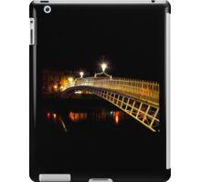 Ha'Penny Bridge At Night iPad Case/Skin