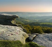 High summer at Stanage Edge by tandb