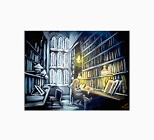 Hermione stydying in the Hogwarts library  Classic T-Shirt