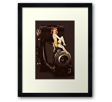 (✿◠‿◠) VINTAGE RETRO STYLE POSE AND CAMERA (✿◠‿◠) Framed Print