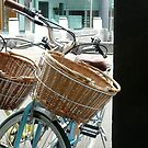 Pretty City Cycles: Circular Quay Cafe, Sydney, Australia by linfranca