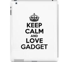 Keep Calm and Love GADGET iPad Case/Skin