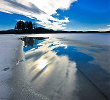 sky reflection by plamenx
