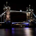 London, Tower Bridge over Thames by Lee Rolfe