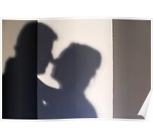 Silhouette of a kissing couple  Poster