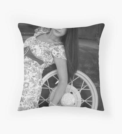 La Reina Throw Pillow