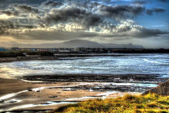 Bundoran by runnerpaul