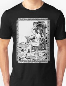 Tarot: Queen of Cups T-Shirt