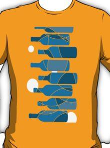 Abstract Blue wine bottle design T-Shirt