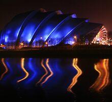 Armadillo, Glasgow by Linda  Morrison