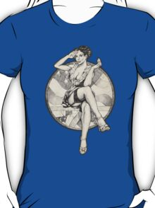 Retro 4th of July USA Pinup Girl T-Shirts and Hoodies T-Shirt