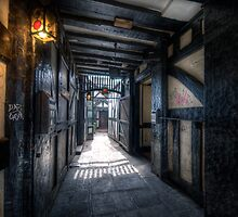 Old Bell Alley by Yhun Suarez