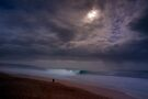 Moon Over Pipeline by Alex Preiss
