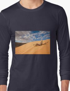 Desert sand dune with blue sky Long Sleeve T-Shirt