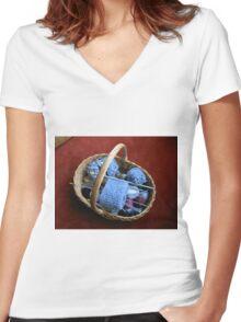 Basket of Knitting Women's Fitted V-Neck T-Shirt